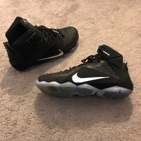 Nike Shoes | Lebron James 33 Sneakers